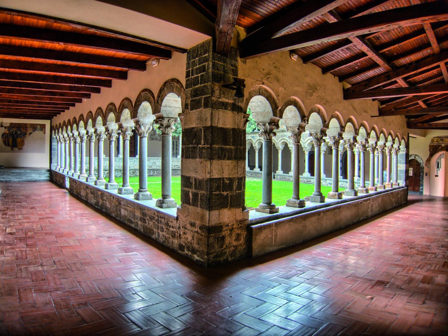 Colico Design Varedo Orari.Abbazia Di Piona North Lake Como